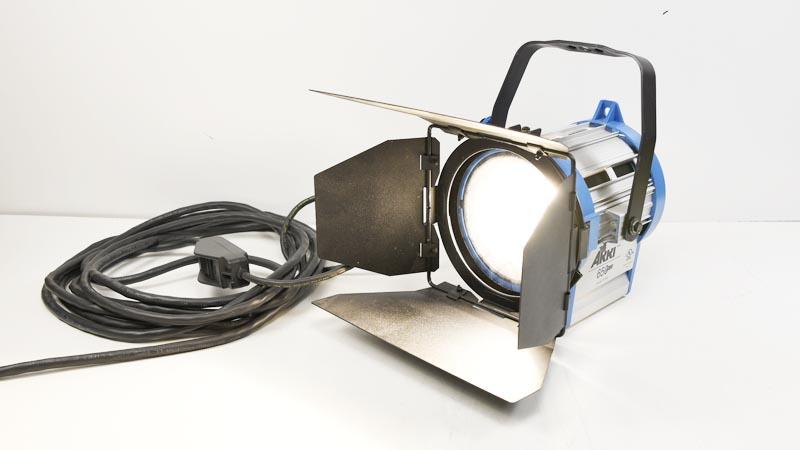 Arri 650 Plus 650p 531600 Tungsten Fresnel Studio Light W Barn